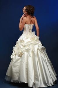 Свадебное платье невесты модель Диана (спинка)